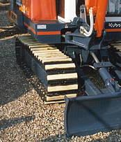 Mini-excavator equipped with Felastec® - pads